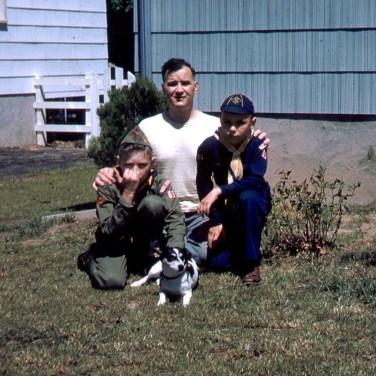 Dad, Jeff & Cork Memorial Day 1954crop